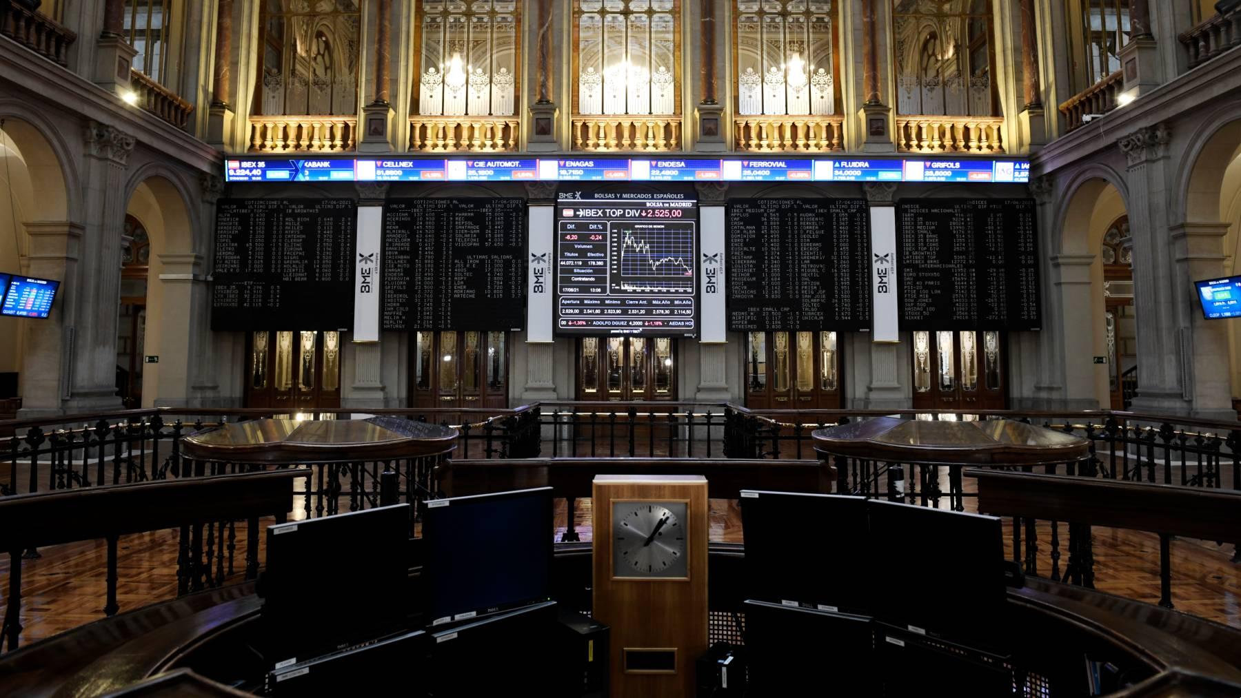 Reloj de la Bolsa de Madrid.