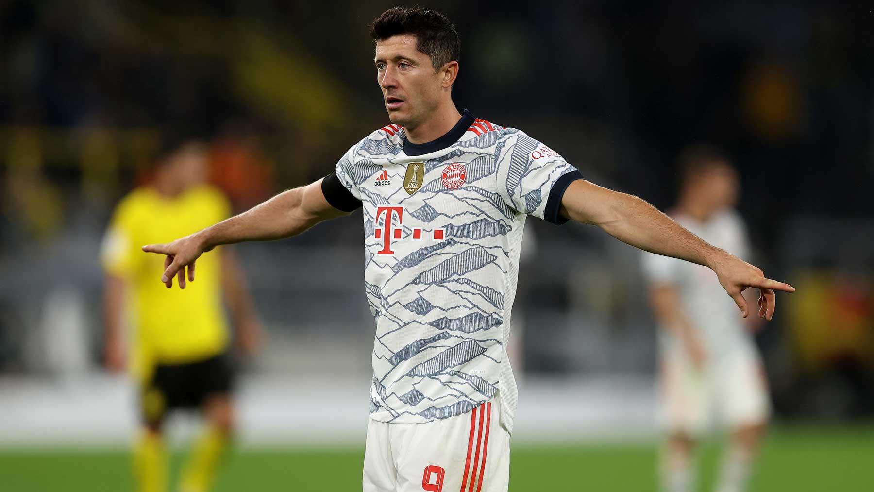 Robert Lewandowski, durante el partido de la Supercopa entre Bayern y Borussia Dortmund (Getty)