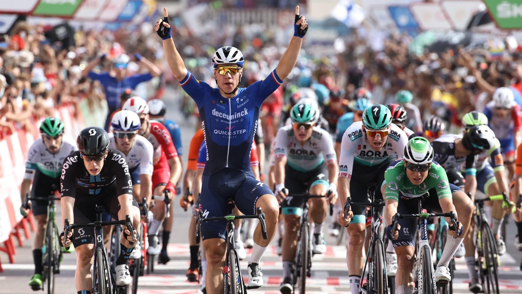 Fabio Jakobsen celebra su victoria en la etapa 8 de La Vuelta. (AFP)