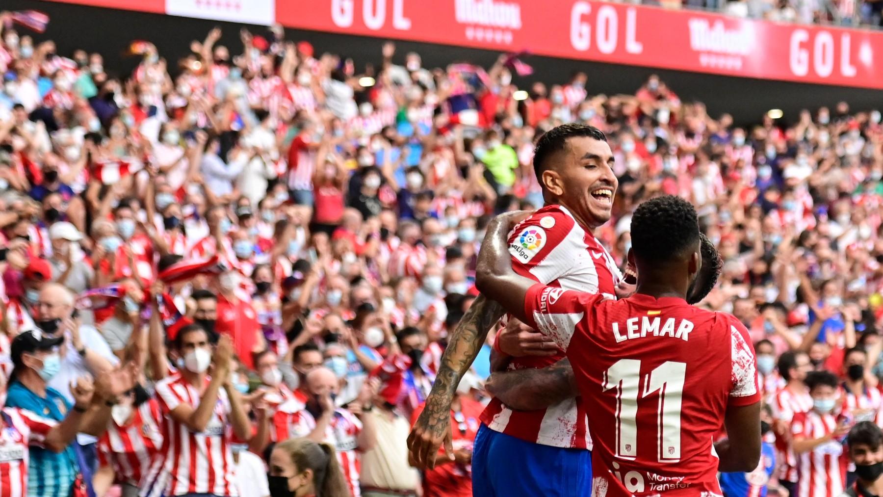 Ángel Correa celebra un tanto de esta temporada.