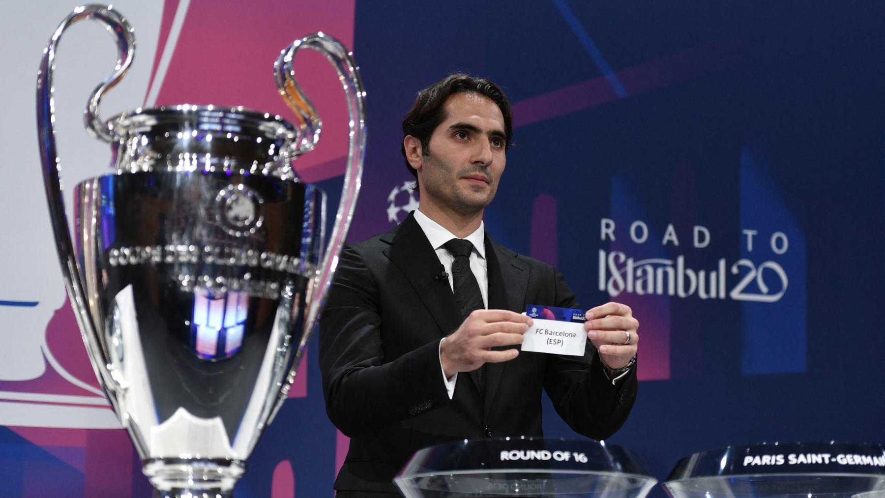 Sorteo de la fase de grupos de la Champions League. (AFP)