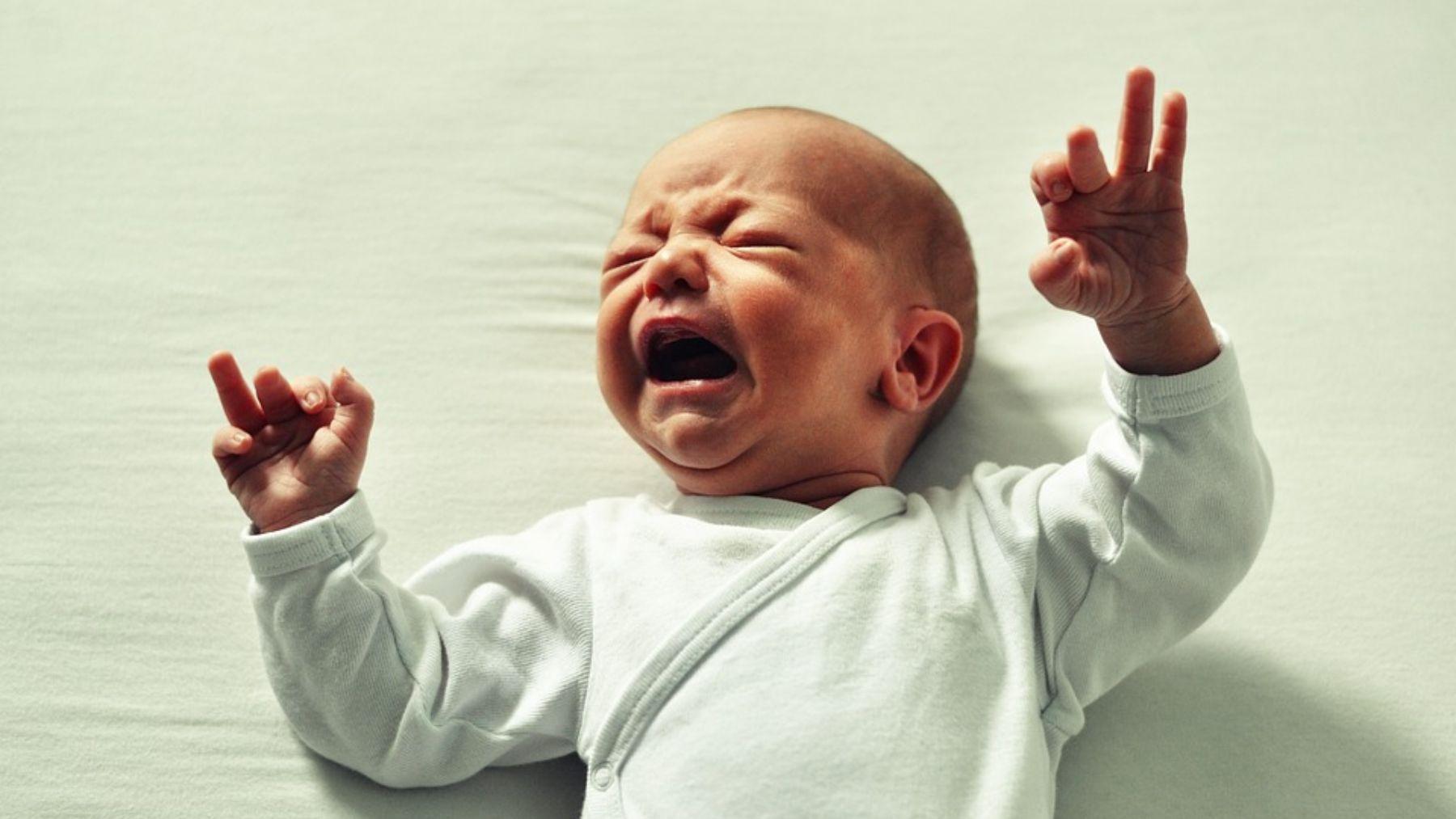 Descubre las mejores formas para calmar al bebé cuando llora