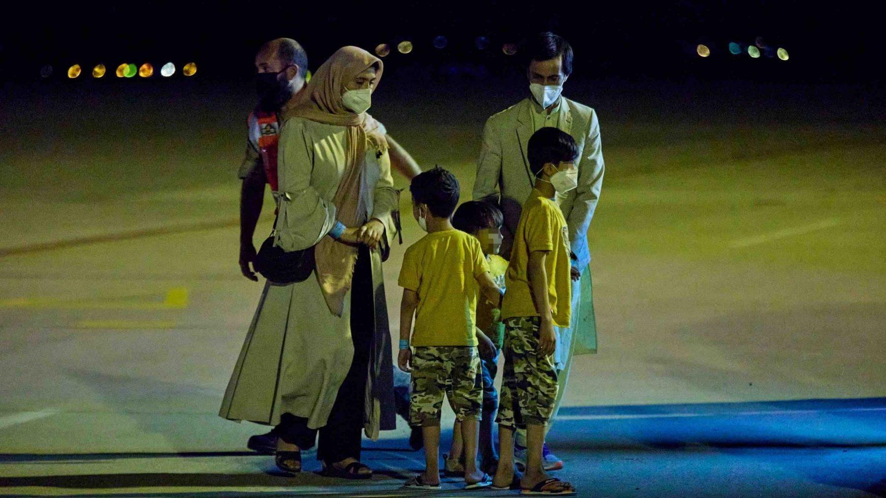 Llega a Torrejón (Madrid) el séptimo avión con repatriados procedentes de Afganistán.