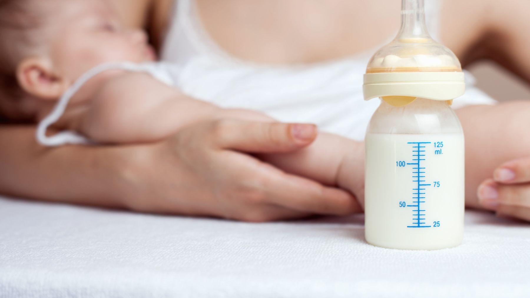 Un estudio revela como los azúcares en la leche materna pueden prevenir infecciones en los bebés