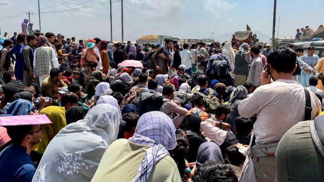 evacuados afganos