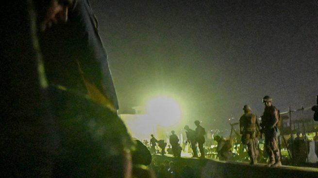 Alrededores del aeropuerto de Kabul. (Foto AFP)