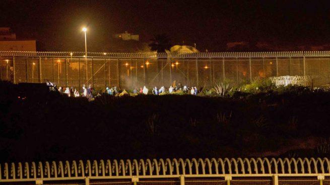 Dos presos marroquíes con orden de expulsión huyen de la cárcel de Melilla