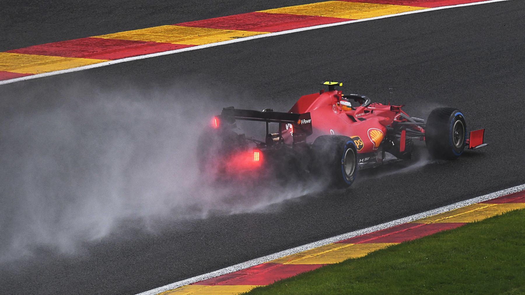 Carlos Sainz durante el Gran Premio de Bélgica. (AFP)