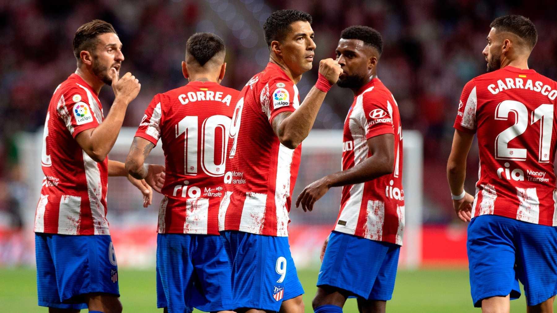 Suárez celebra el 1-1 en el Atlético-Villarreal. (AFP)