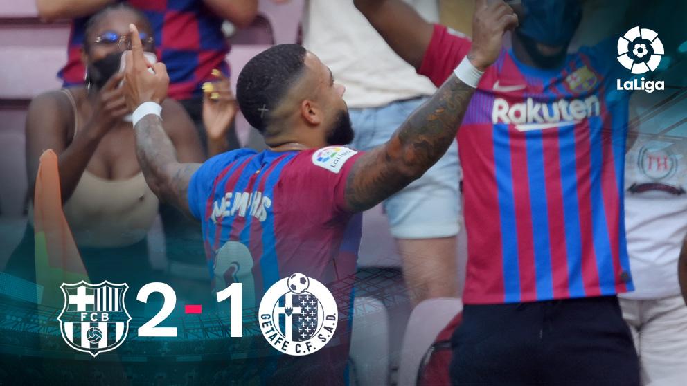 Memphis Depay celebra su gol en la victoria del Barcelona ante el Getafe.