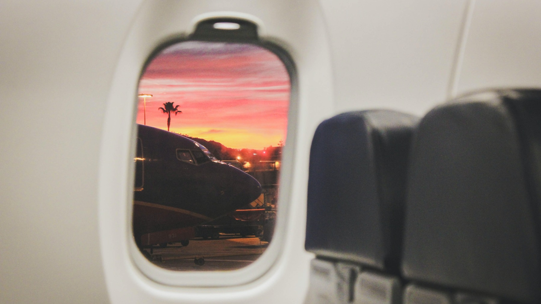 Las ventanas de los aviones no son cuadradas