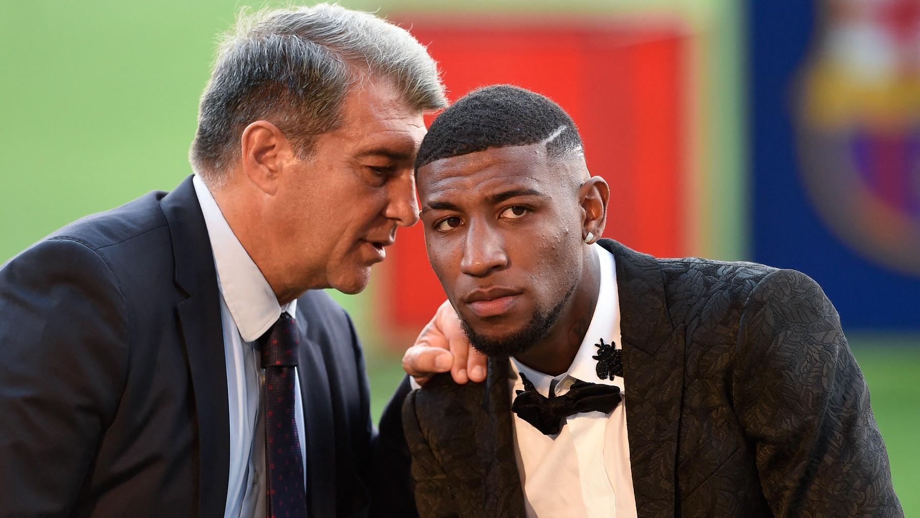 Emerson y Laporta durante la presentación del jugador. (AFP)