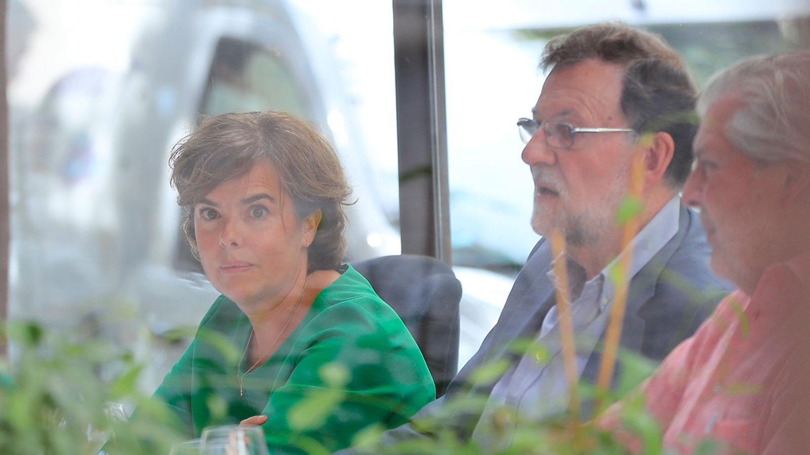 Soraya Sáenz de Santamaría, este martes, con Mariano Rajoy.