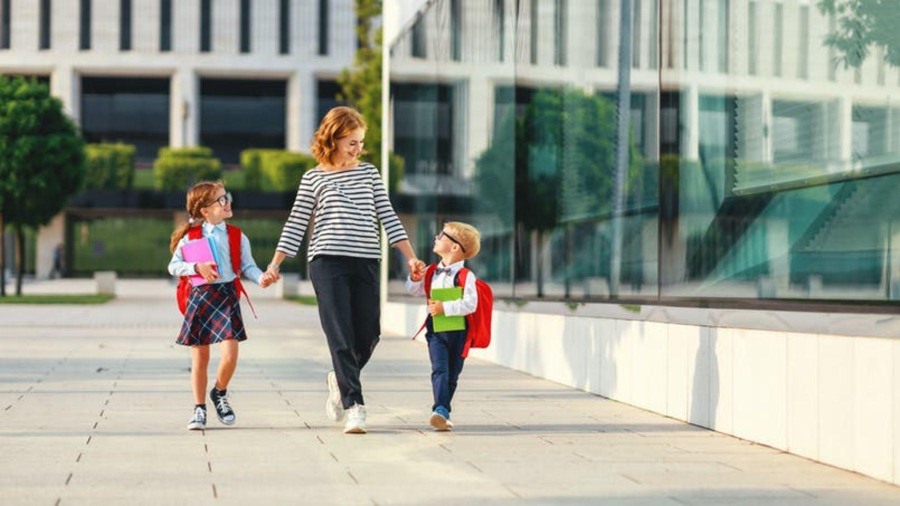 Qué debemos poner en la mochila de los niños para el primer día de clase