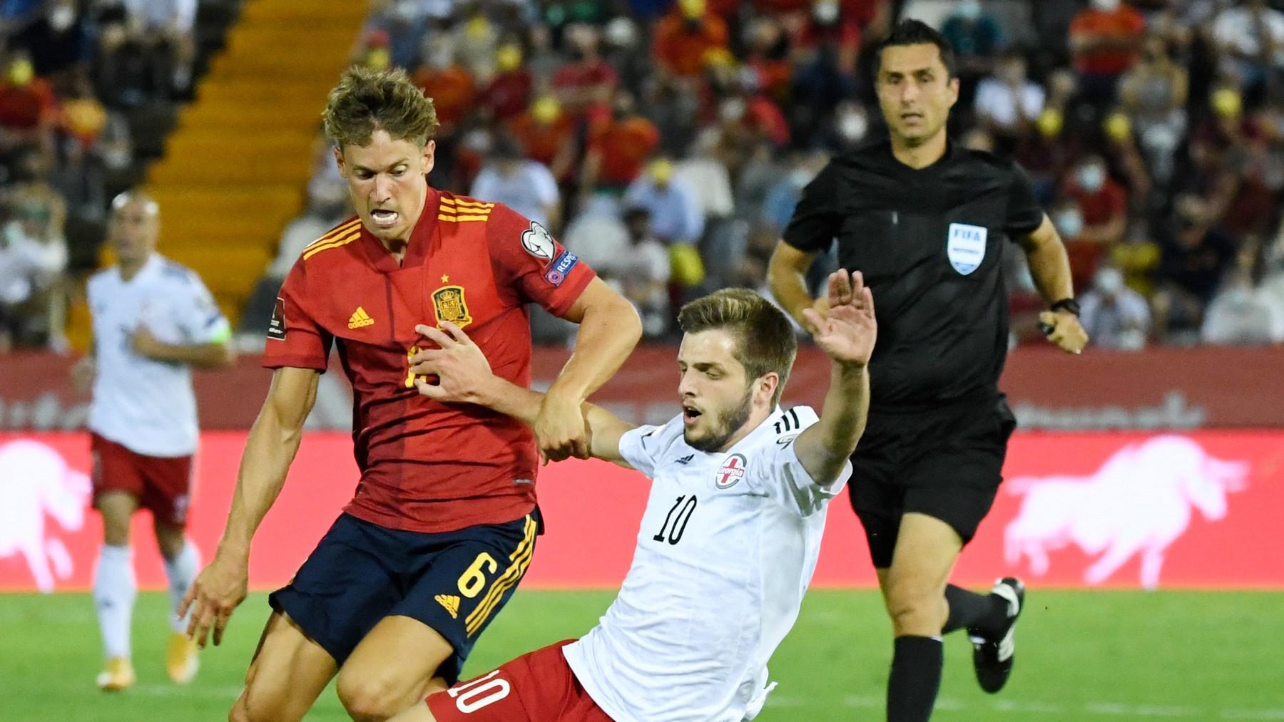 Marcos Llorente, en un partido con España. (AFP)