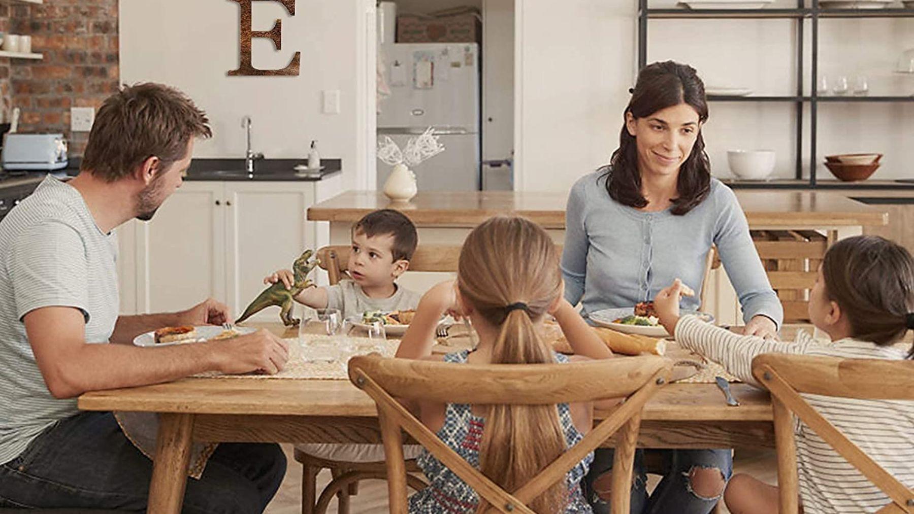 Descubre cómo las comidas familiares benefician a los niños