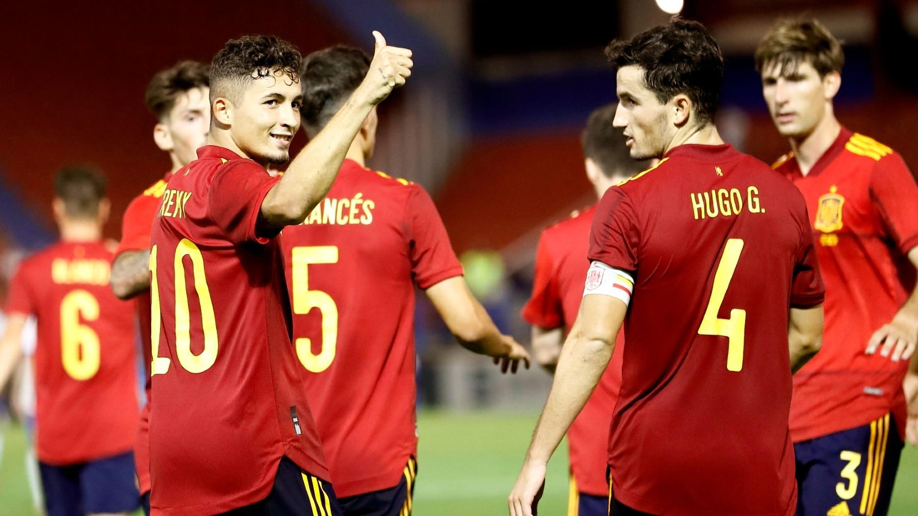 Yeremy Pino celebra un gol con España sub-21 (EFE).