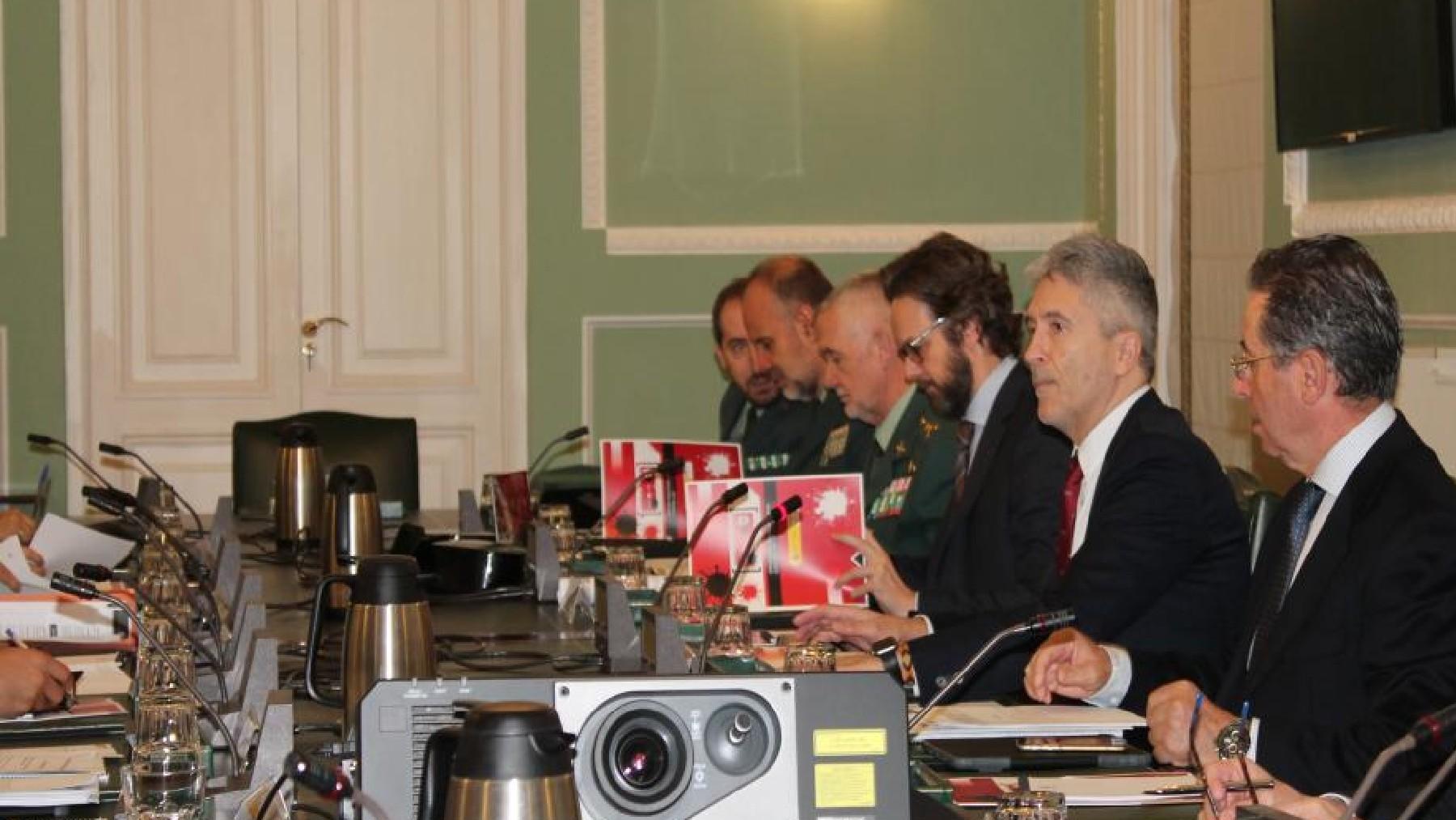 Marlaska presidiendo la Comisión contra los delitos de odio. (Foto: Interior)