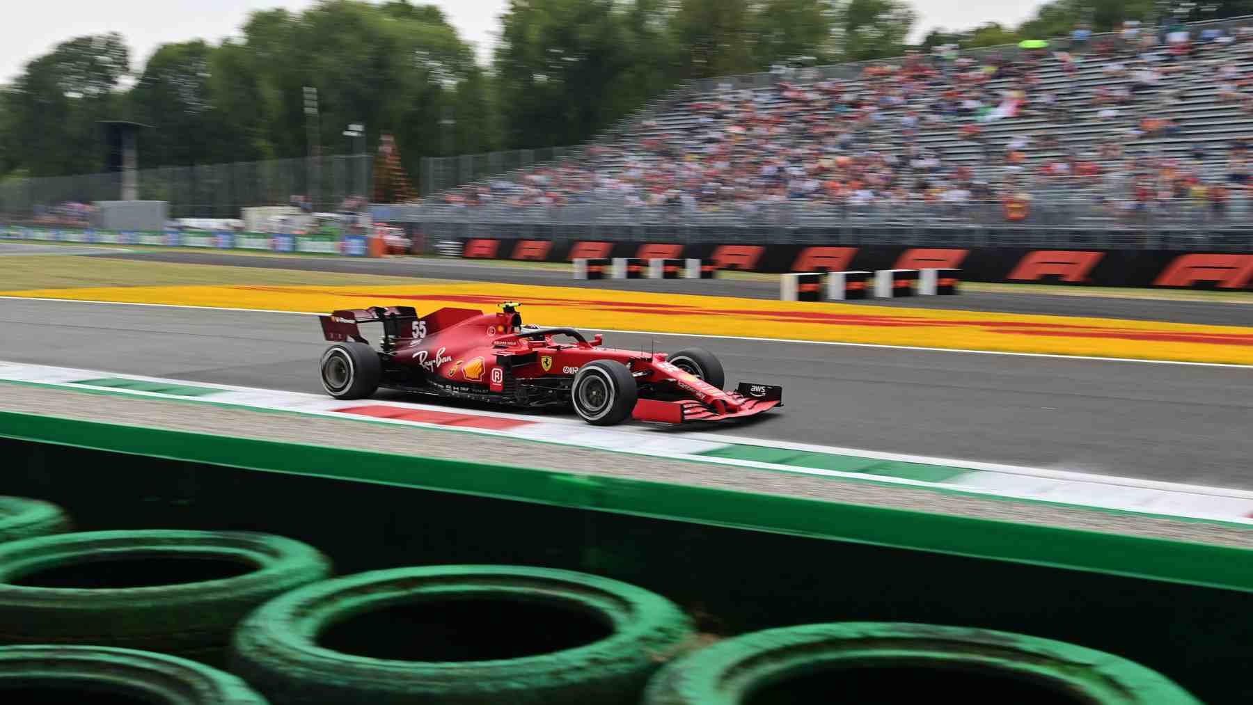 Carlos Sainz en la sesión de clasificación del GP de Italia en Monza. (AFP)
