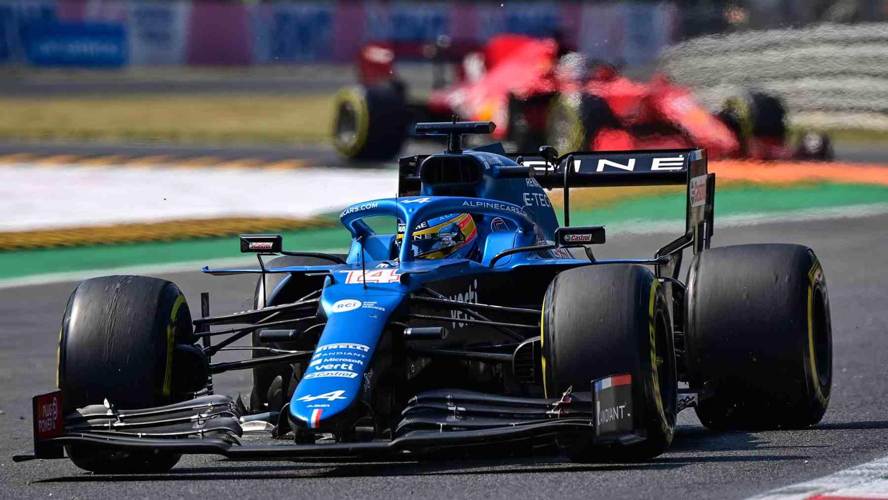 Fernando Alonso durante el GP de Italia de Fórmula 1 en Monza. (AFP)