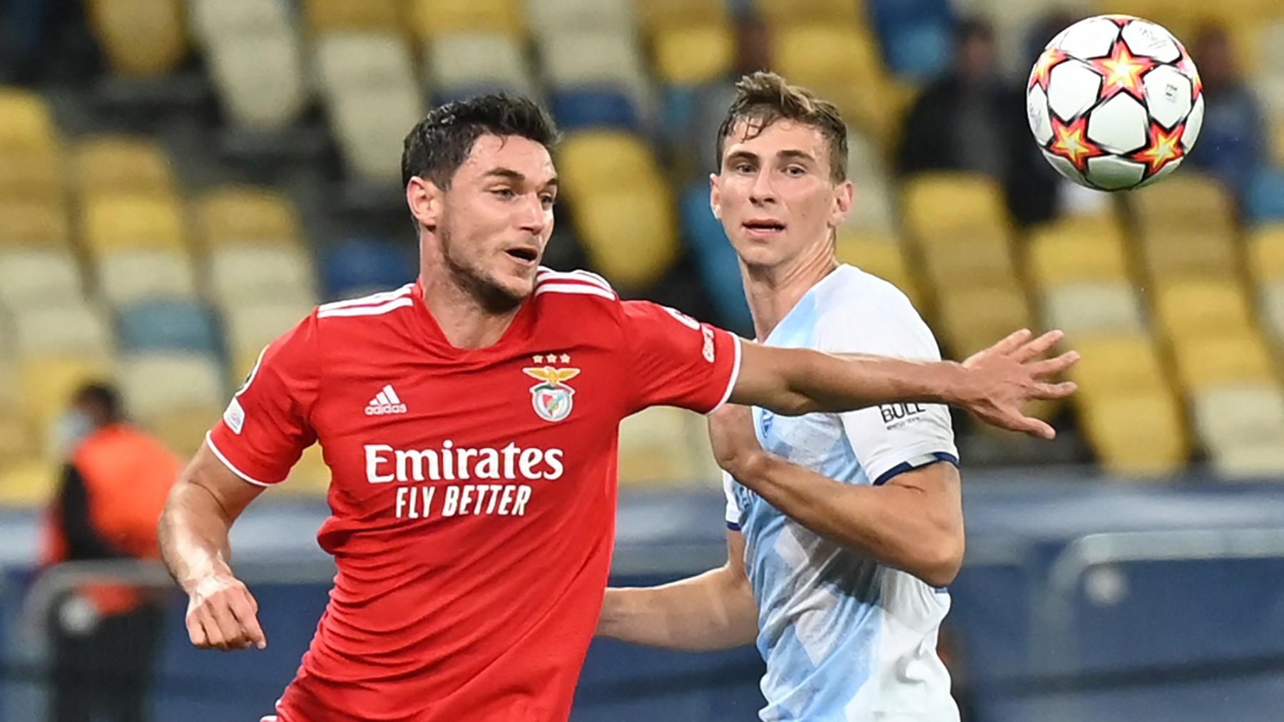 Benfica y Dynamo de Kiev en un partido de Champions. (AFP)