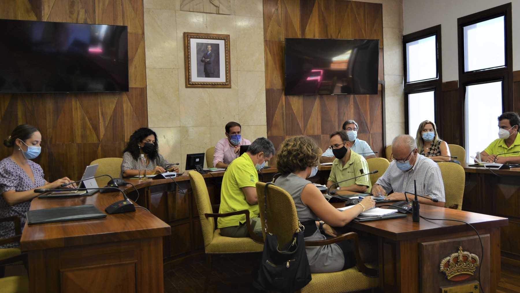 Comité científico del Pevolca en La Palma. Foto: Europa Press.