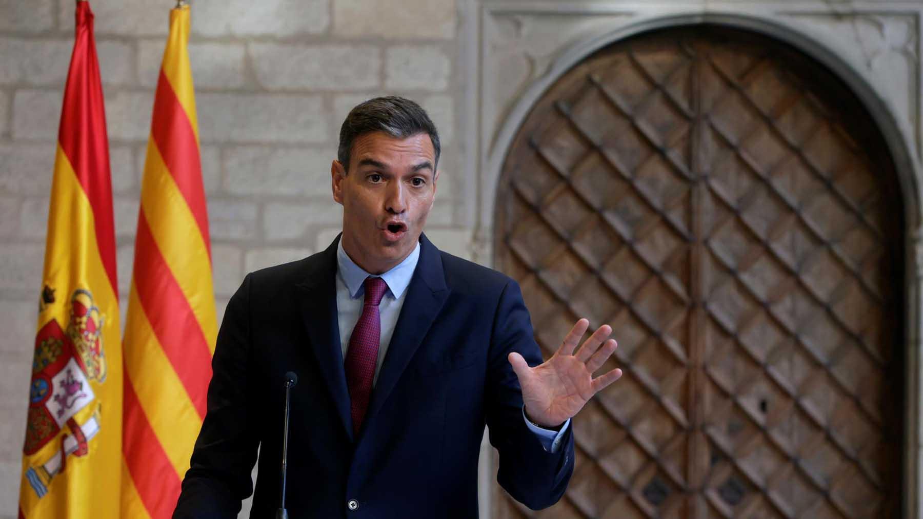 Pedro Sánchez tras la reunión con Aragonès. Foto: EFE
