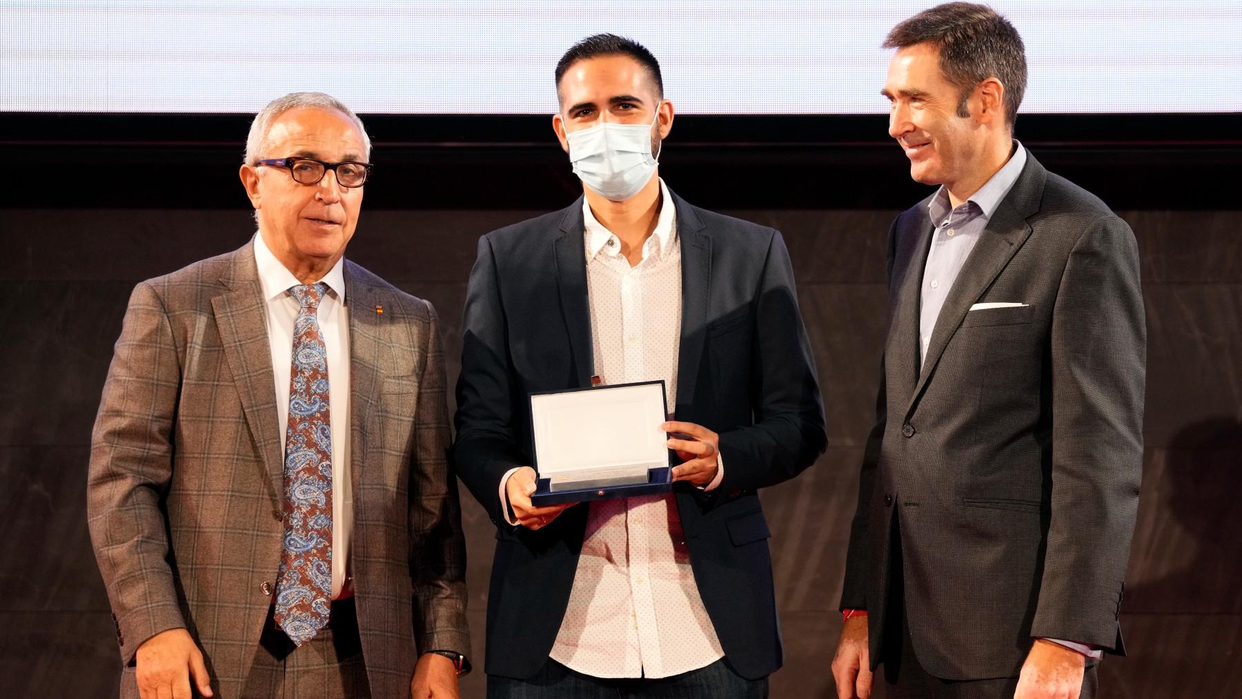 OKDIARIO recoge el premio del COE.