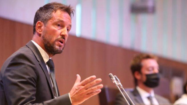 El líder socialista de Andorra pronuncia un discurso copiando varios párrafos de uno de Errejón