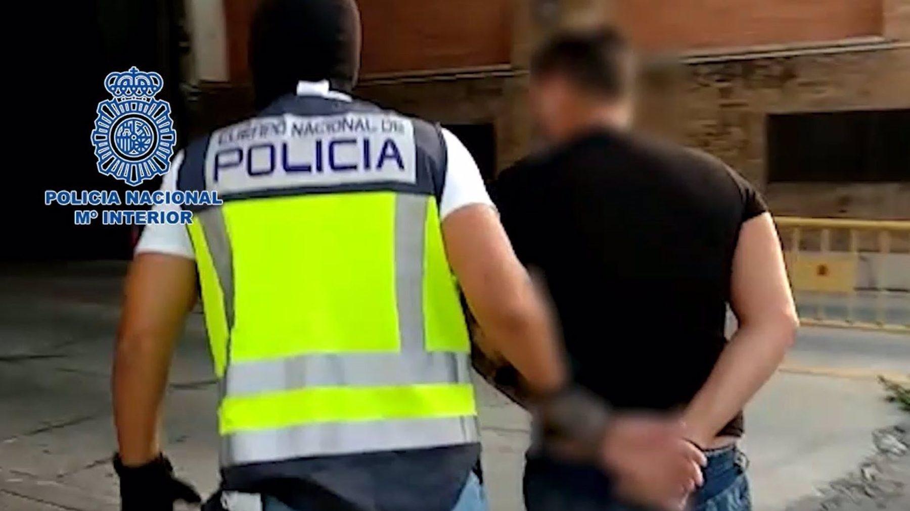 Detencion de un delincuente. (POLICÍA NACIONAL).