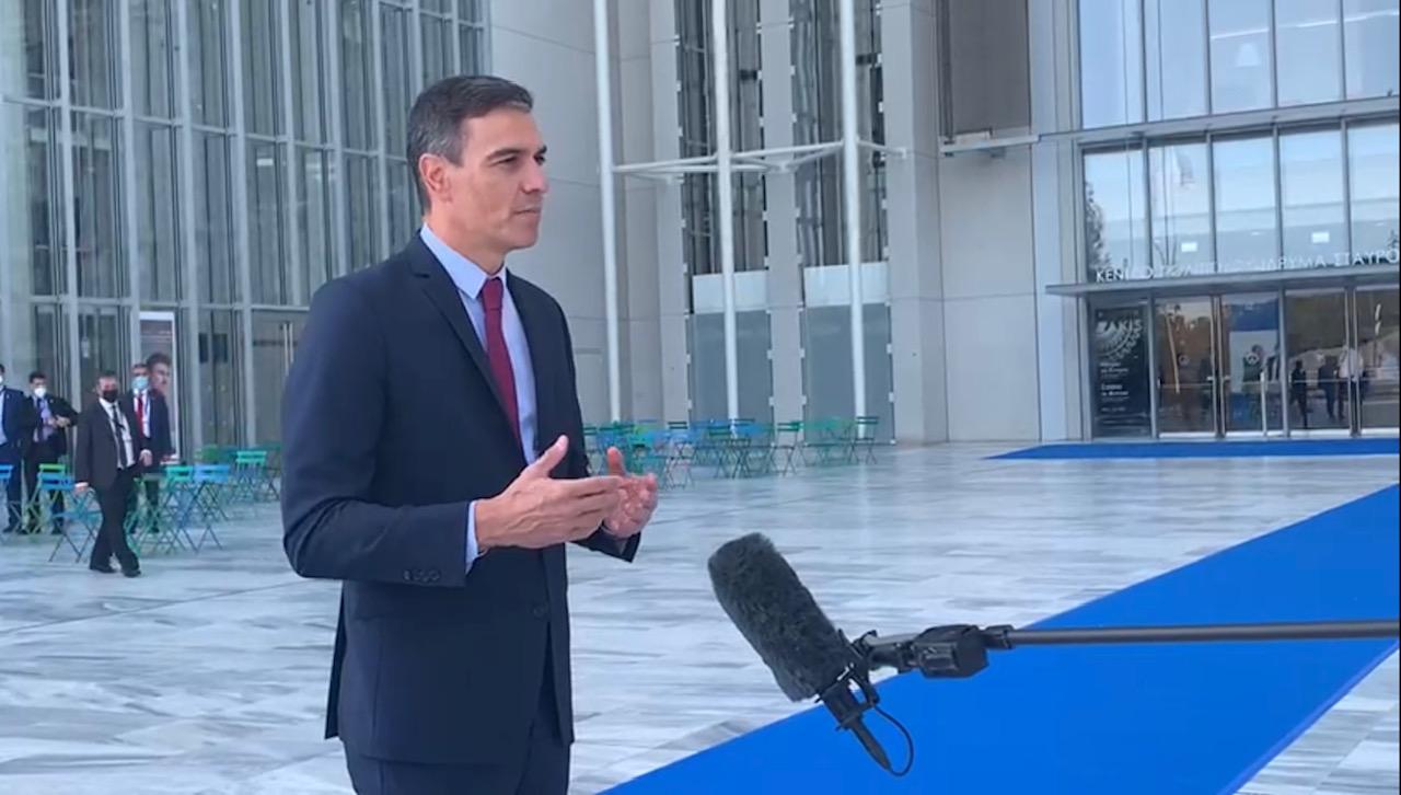 Pedro Sánchez, este jueves, a su llegada a la cumbre en Atenas. Foto: Joan Guirado
