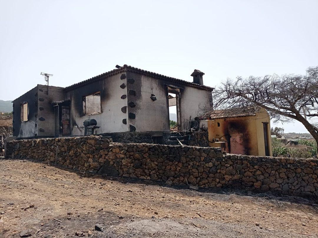 Una casa completamente destruída tras el paso de la colada de lava por El Paso.