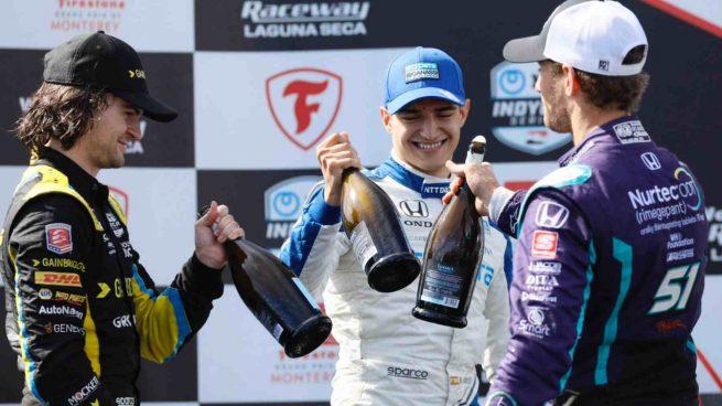 El español Alex Palou en el podio tras una carrera de IndyCar