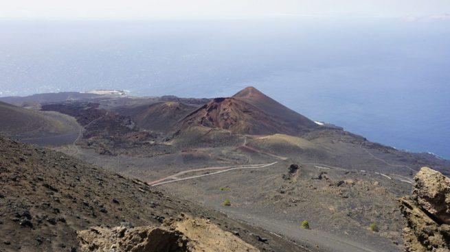 Los efectos en la salud que nos puede provocar el humo del volcán de La Palma