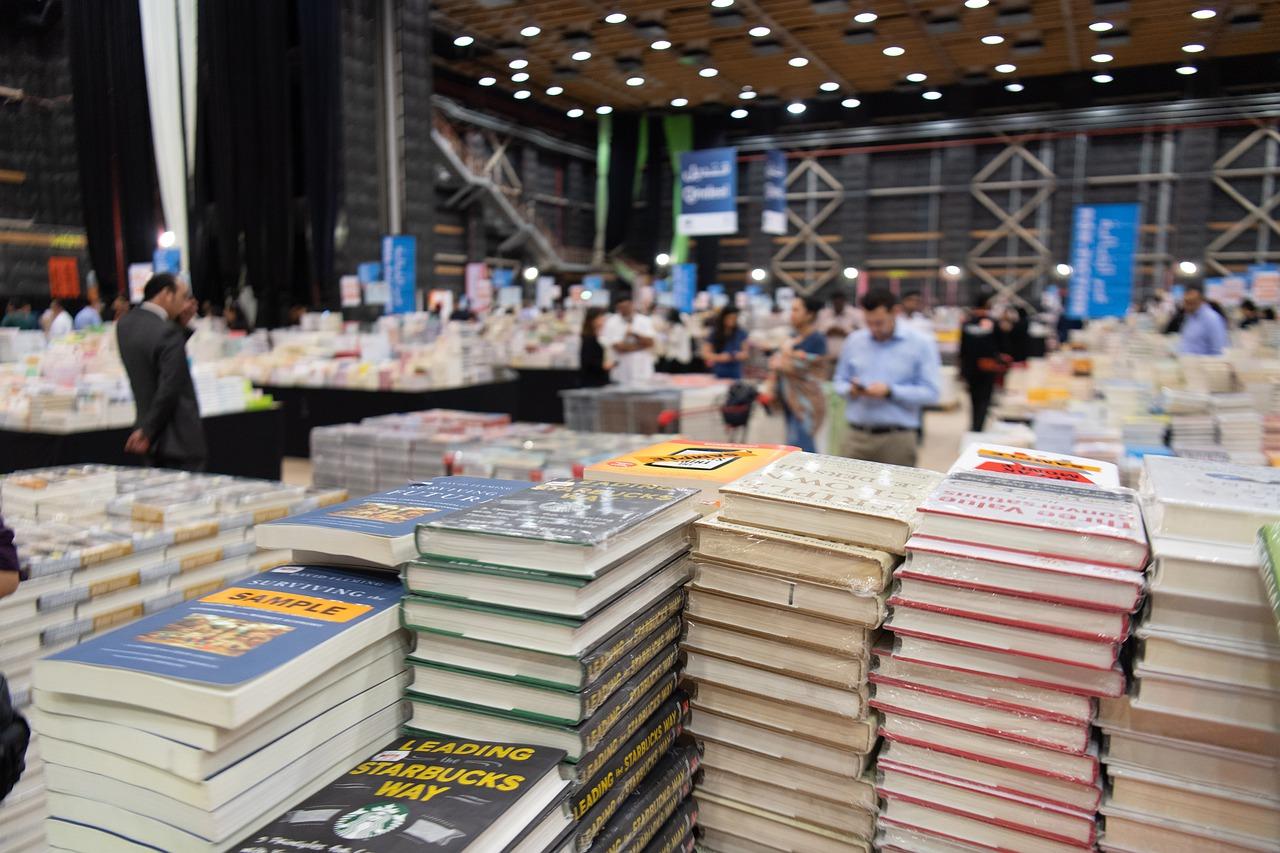 Quién firma hoy, 24 de septiembre, en la Feria del Libro de Madrid 2021
