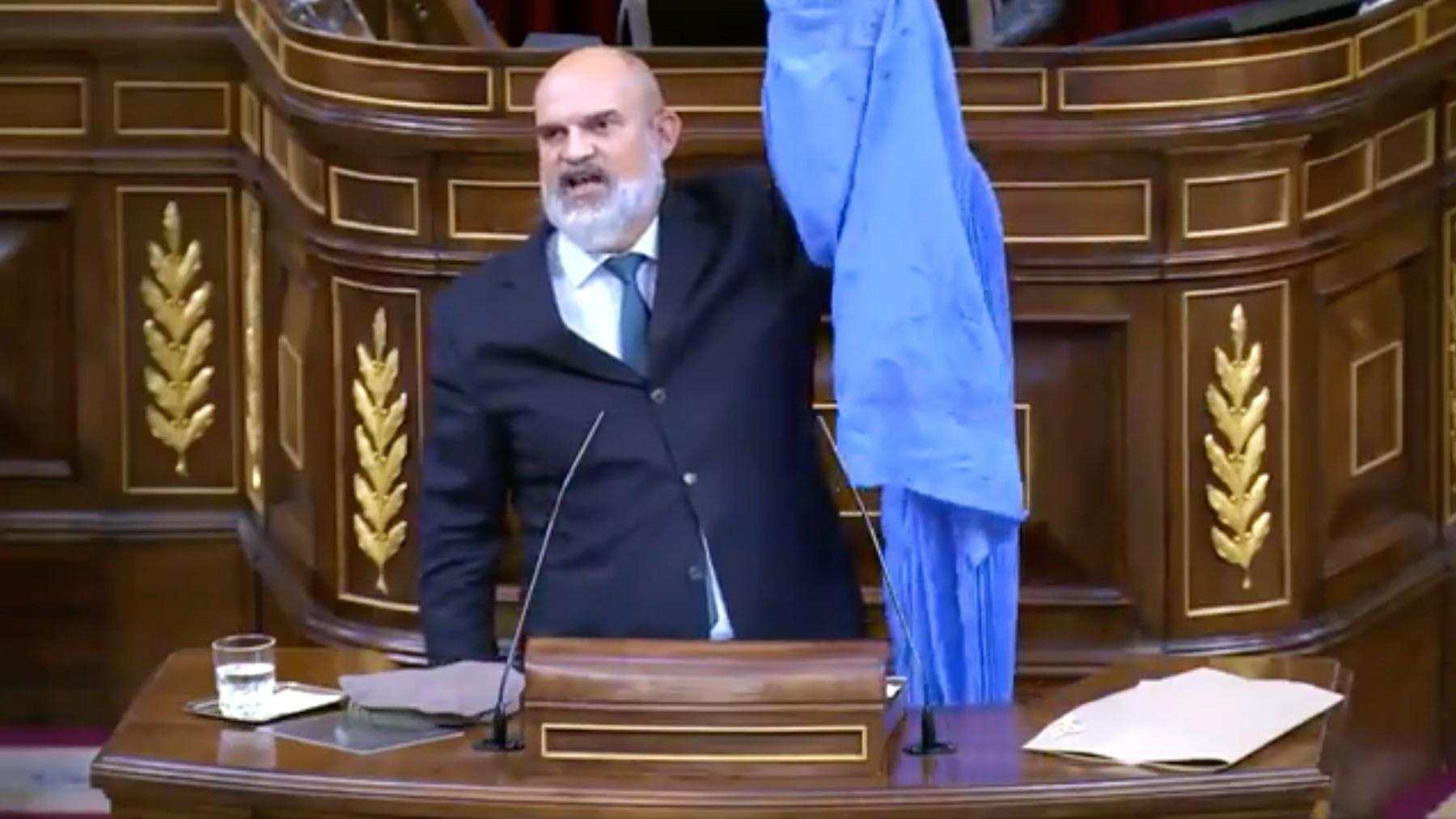El diputado de Vox Víctor Sánchez del Real.