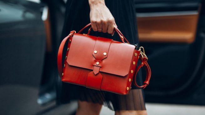 Descuentazos Outlet El Corte Inglés con sus bolsos de Ralph Lauren a mitad de precio
