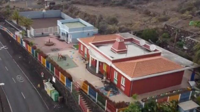 La lava del volcán de La Palma arrasa también el colegio de Todoque
