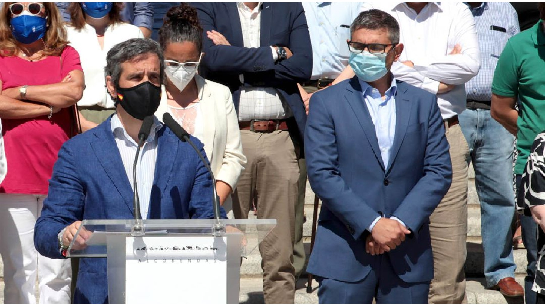 El vicealcalde de Alcobendas, Aitor Retolaza, y el alcalde, Rafael Sánchez Acera. (Foto: Ayto. Alcobendas)