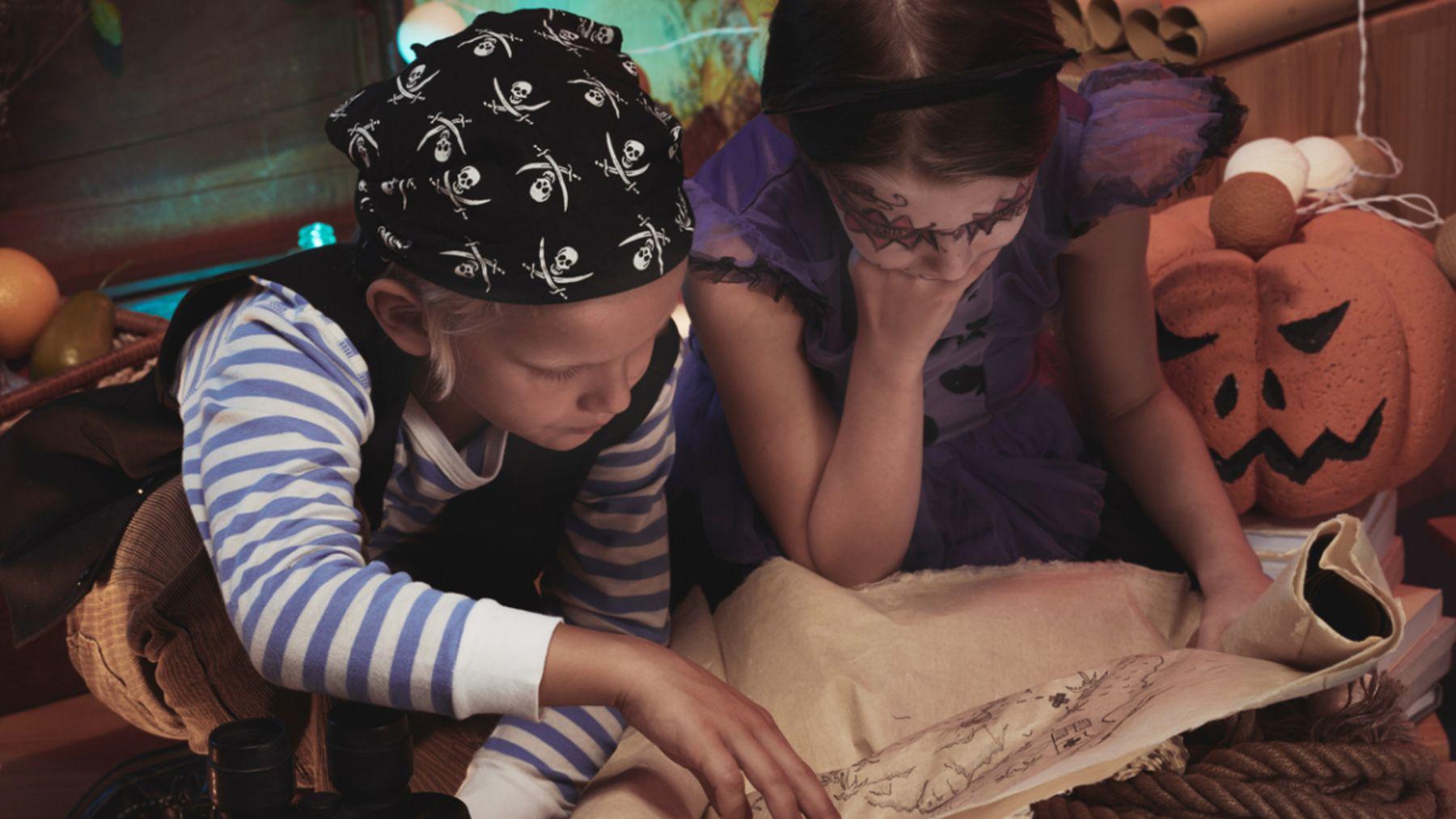 Todos los pasos para hacer una buena búsqueda del tesoro de Halloween para los niños