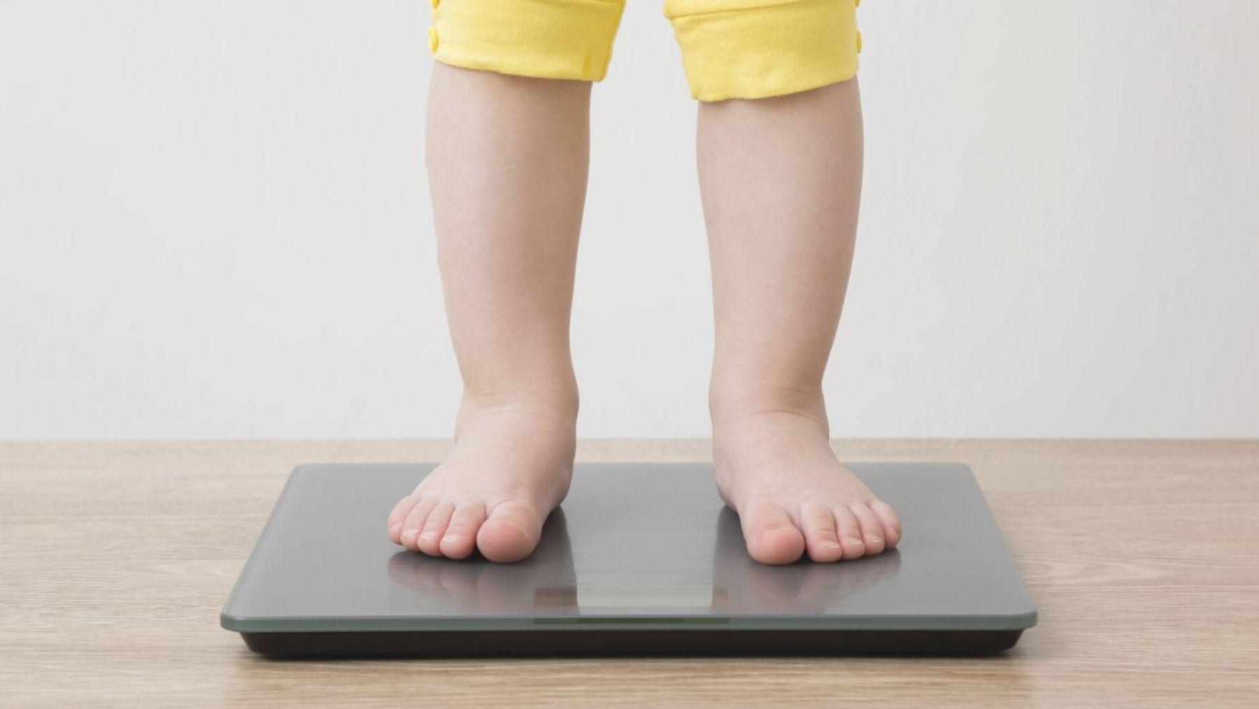 Cómo podemos tratar el bajo peso de los niños y también, el sobrepeso