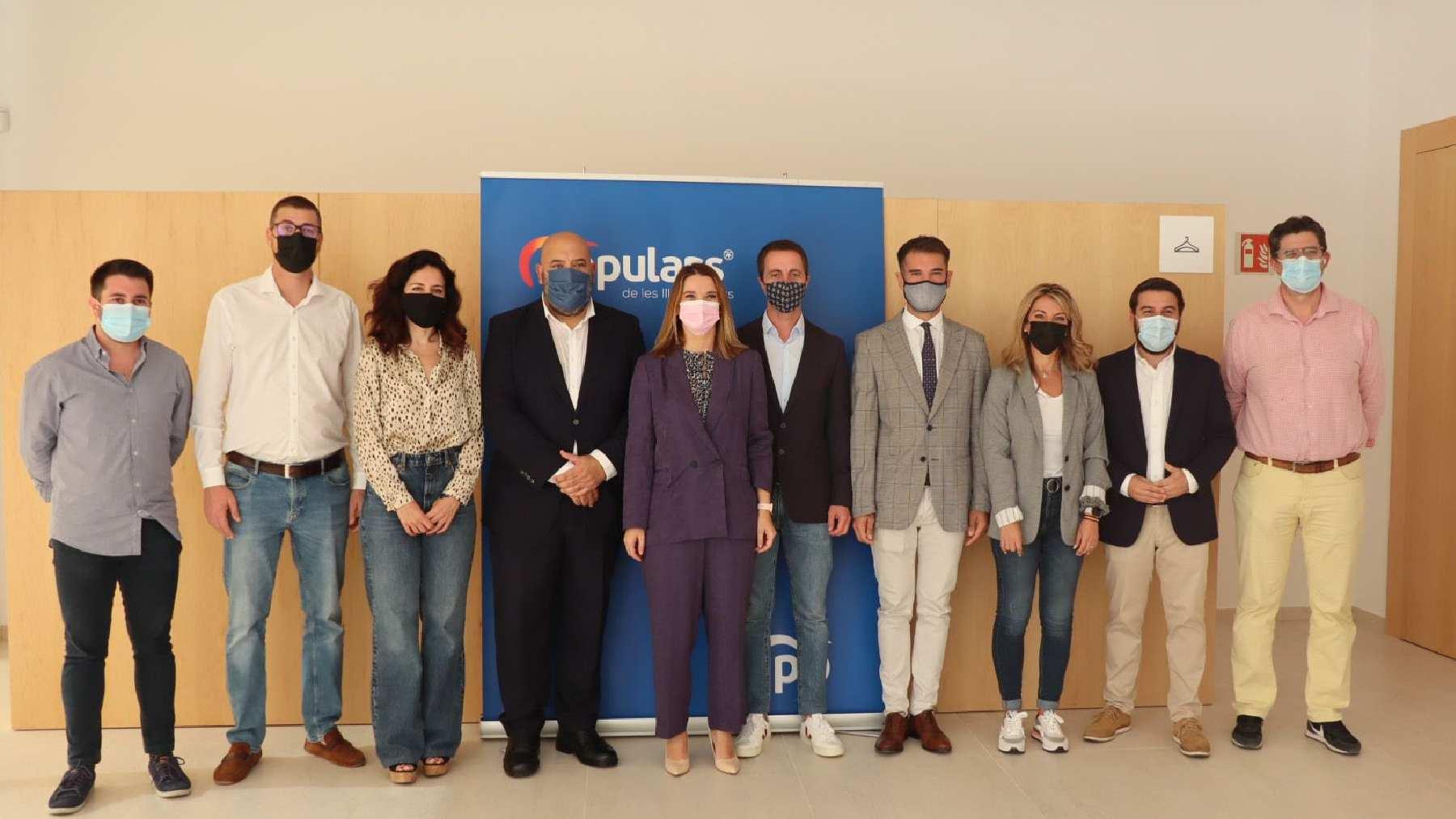 Foto de familia de la dirección del PP de Palma.