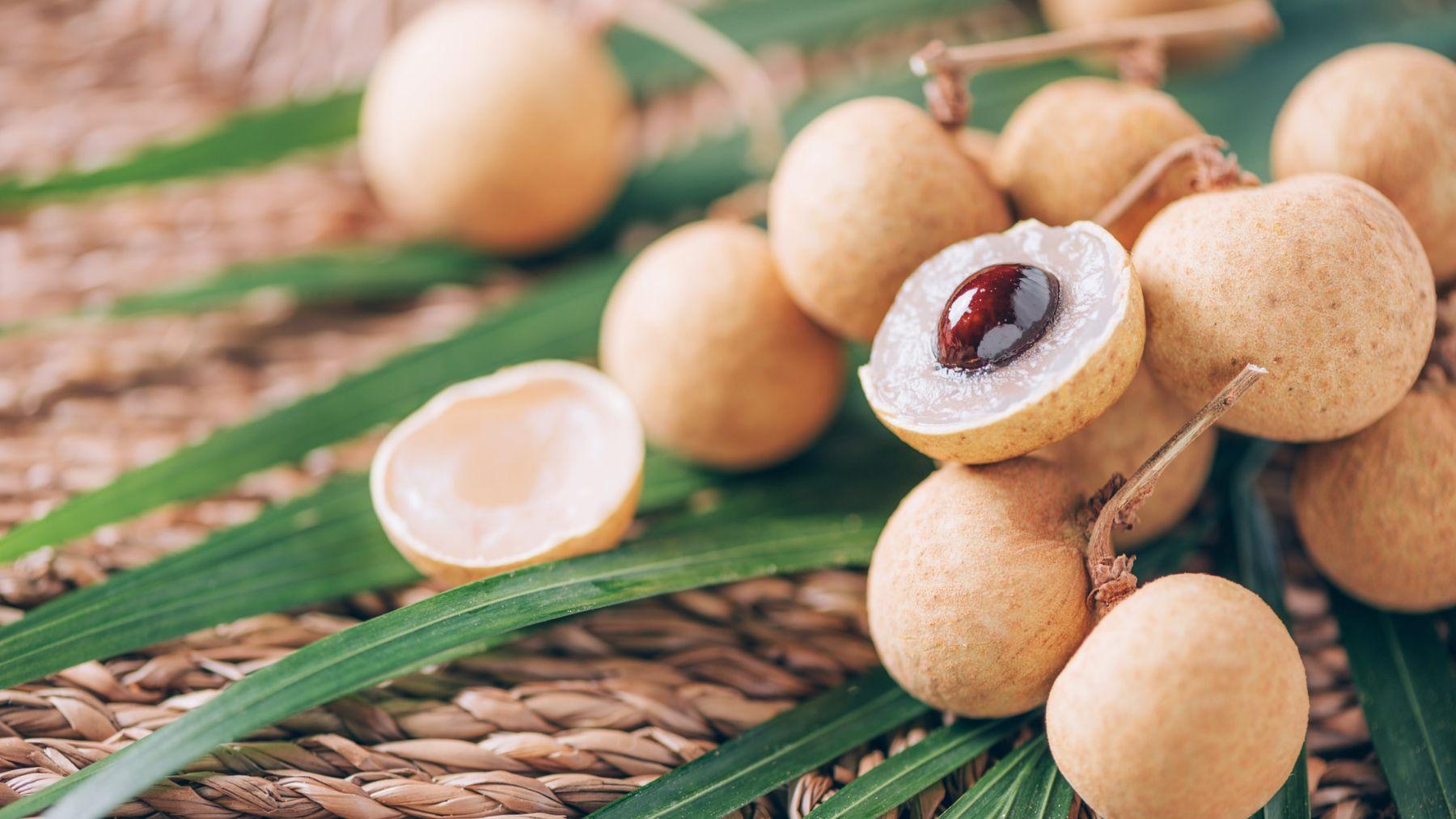 Descubre todas las propiedades de esta fruta china