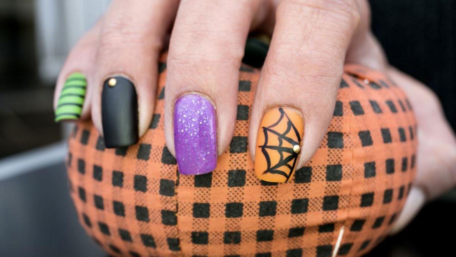 Ideas para decorar tus uñas con diseños de Halloween