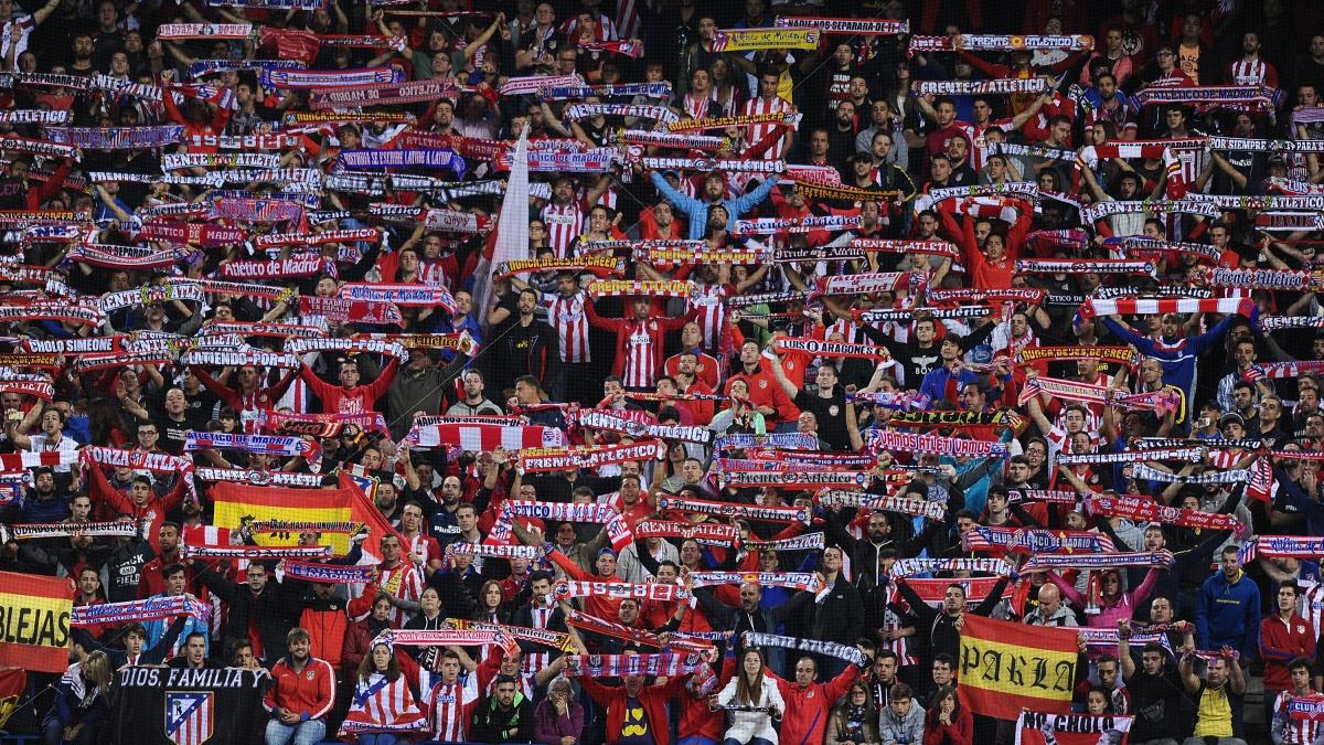 La afición del Atlético de Madrid en el Vicente Calderón