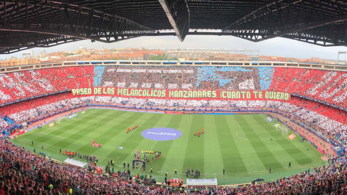 Último tifo de la afición del Atlético en el Vicente Calderón. (Twitter)