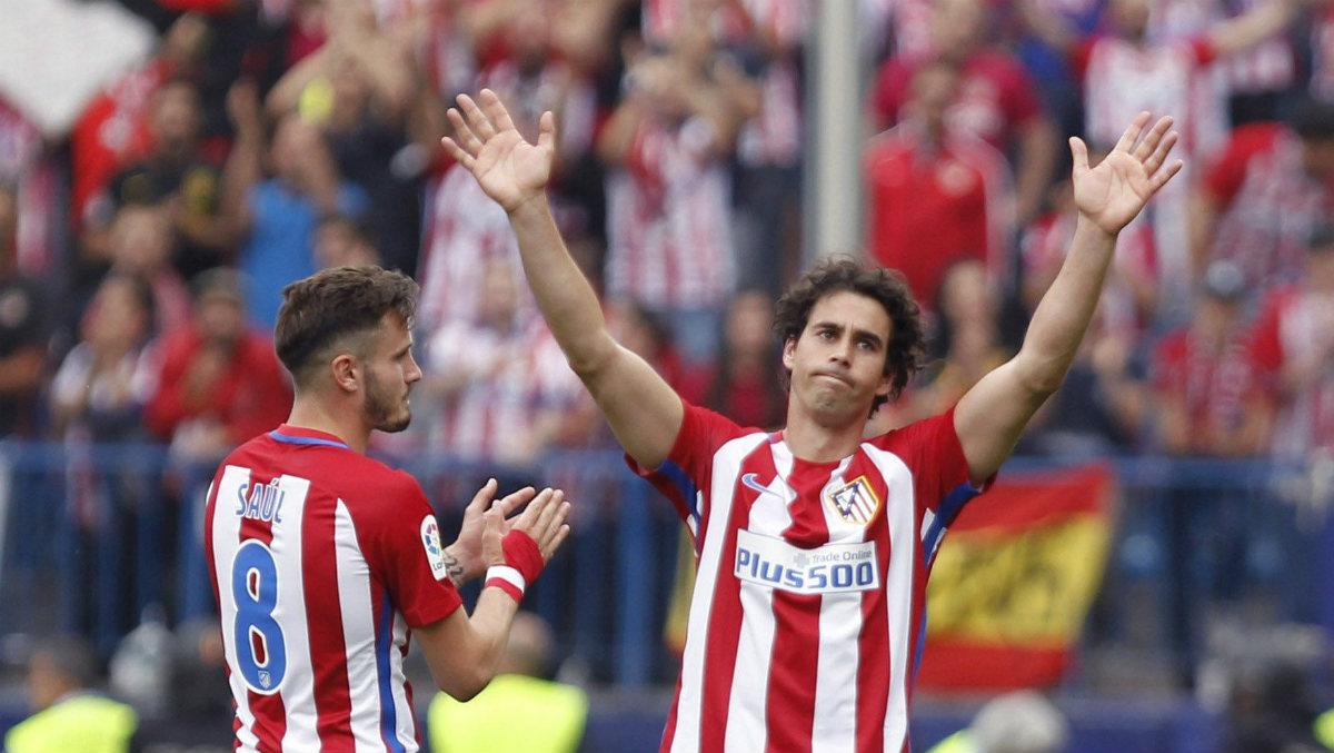 Tiago se despide del Atlético. (EFE)