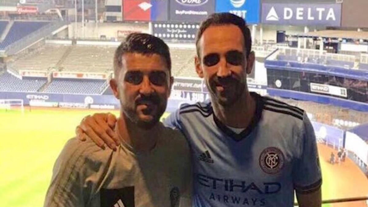David Villa y Juanfran Torres, en el Yankee Stadium