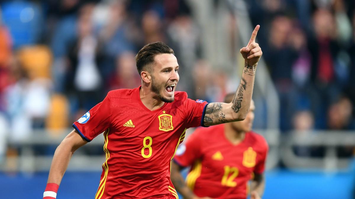 Saúl celebra su gol a Macedonia. (AFP)