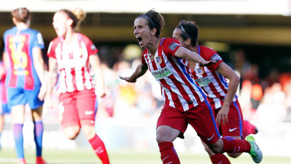 Sonia Bermúdez celebra un gol con el Atlético. (Twitter)